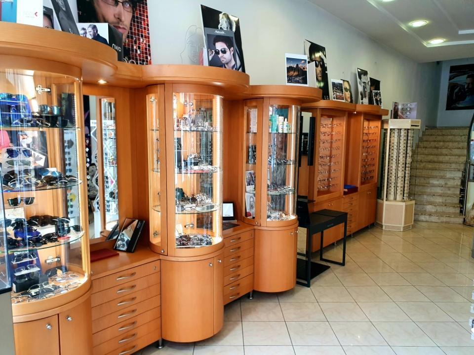 sklep wnętrze optyk